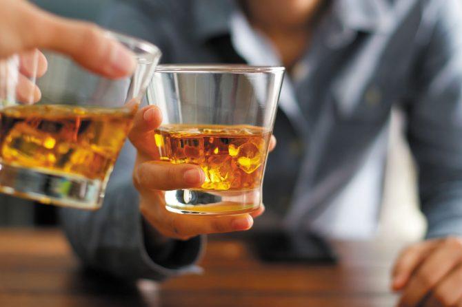 ALCOOLISMUL, UN ANESTEZIC ASUPRA VIEȚII DIN PANDEMIE…