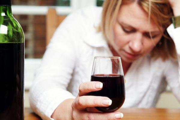 Simptome comune ale alcoolismului: SISTEMUL DE ALIBI