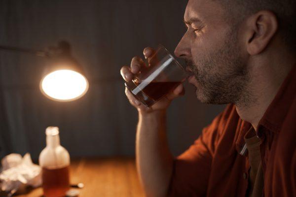 Ciroza și alte consecințe ale dependenței de alcool